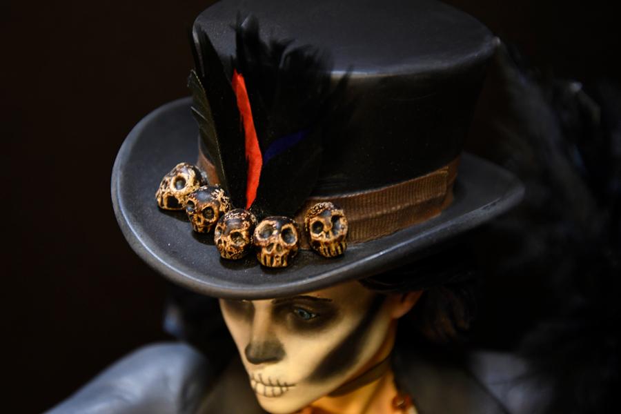 Voodoo Priestess Hat Skulls